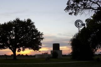 Becker Vineyard Sunset