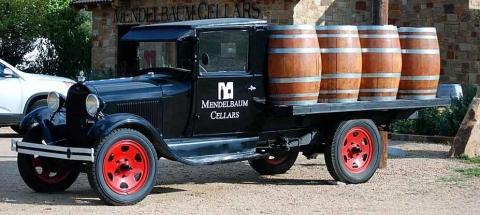 Mendelbaum Truck